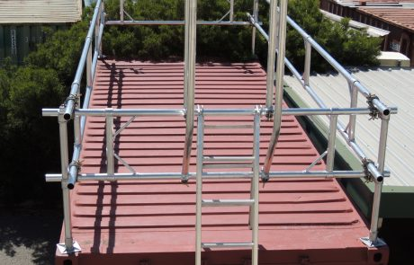 Roof handrail system